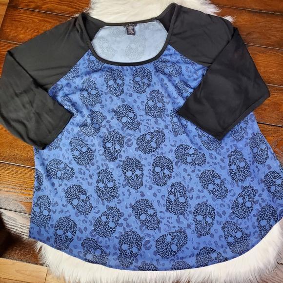 torrid Tops - Torrid | Skull Print Shirt | Plus Size 2X